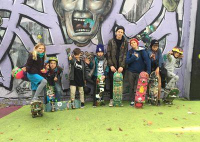 Skateboard Camp Ferienkurs Ferienlager für Kinder machen Spass